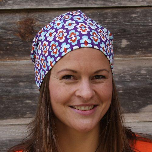 Mütze Beanie Beaniemütze Baumwolljersey Sommermütze Laufbekleidung Joggen Prilblumen Retro Retromuster lila hellblau weiß orange