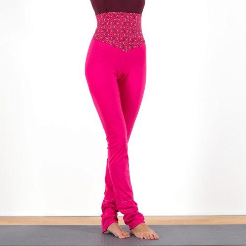 Yogalegging Yogahose Yogapant Legging pink paisley bunt Baumwolljersey hoher Bund fair regional Niederbayern Yogakleidung Yogapose
