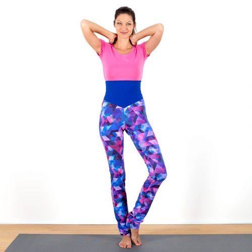 Yogalegging Yogahose Yogapant Legging pink blau rosa petrol türkis geometrisch bunt Baumwolljersey hoher Bund fair regional Niederbayern Yogakleidung