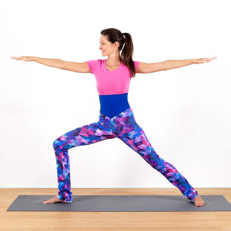 Yogalegging Yogahose Yogapant Legging pink blau rosa petrol türkis geometrisch bunt Baumwolljersey hoher Bund fair regional Niederbayern Yogakleidung Yogapose Krieger